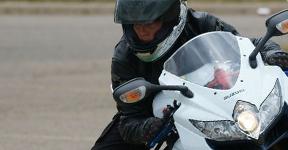 Best Intermediate Sport Touring Motorcycle